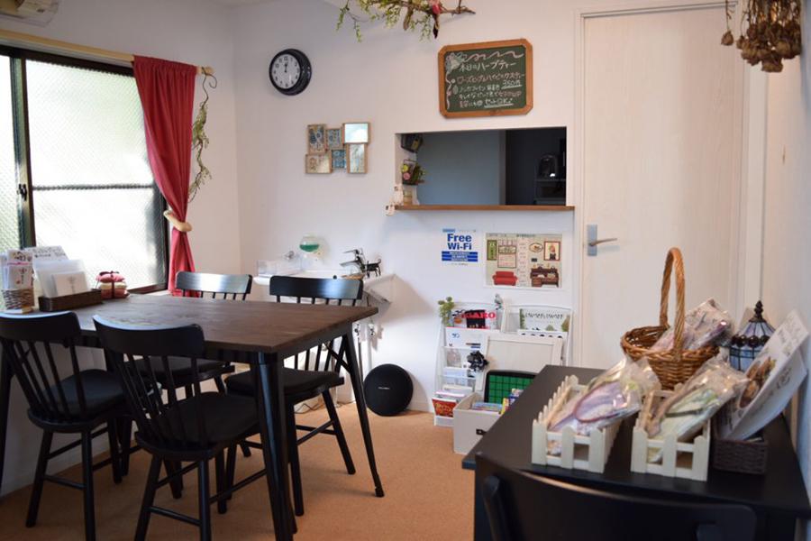 素直な自分でいられるくつろぎのカフェ 森の喫茶店